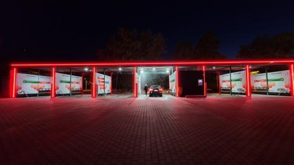 Myjnia samochodowa – pomysł na własny, dochodowy biznes