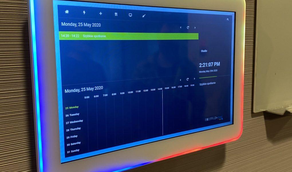 IU Technology wykorzystuje chmurę hybrydową IBM w celu przyspieszenia cyfryzacji biur